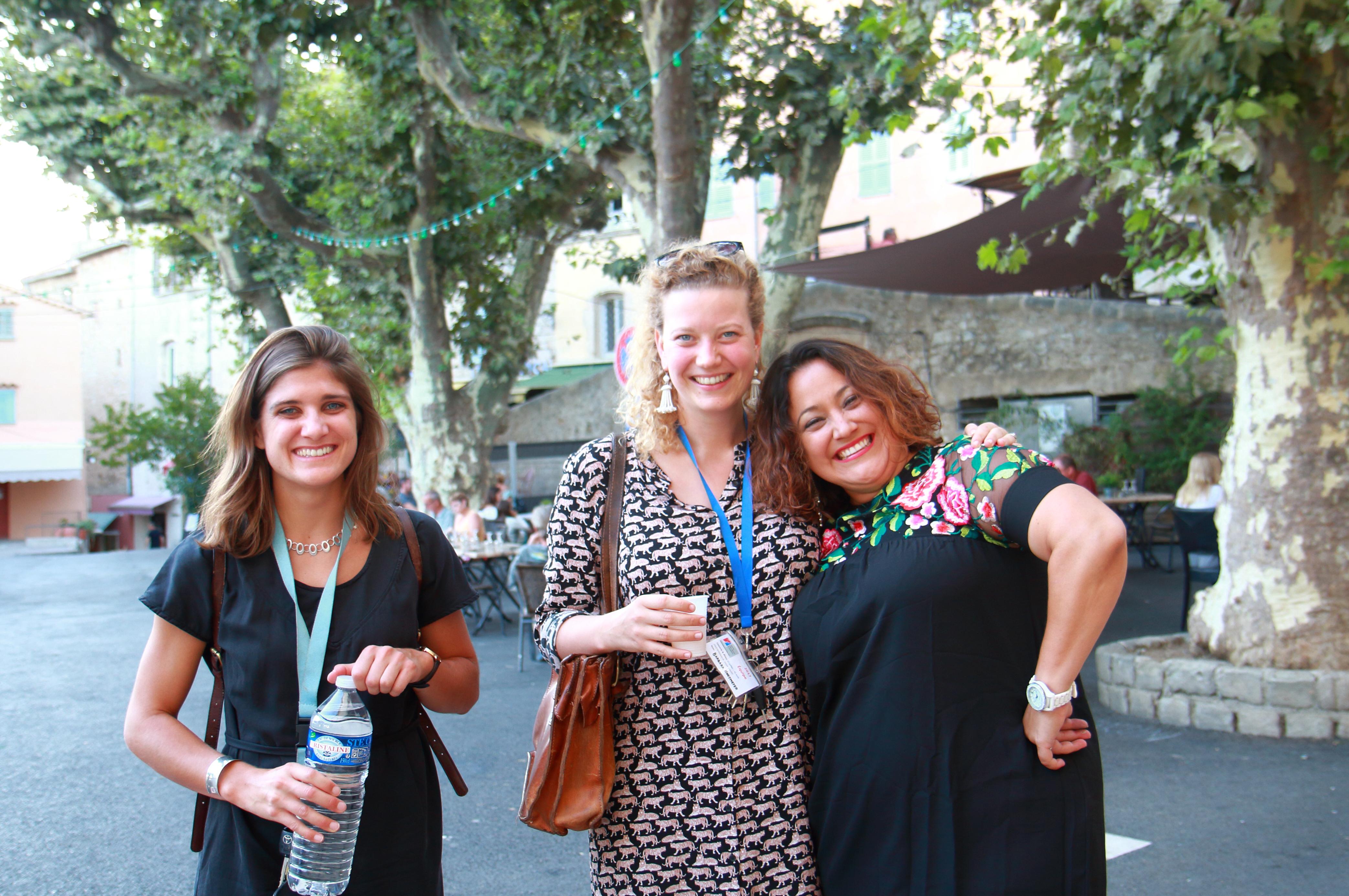 L'équipe administrative 2017-2018: Hannah Stodart, Barbara Hooijmeijer & Monica Herrera-Pavia