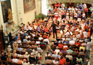 Graham Ross conducting the closing concert of Musique Cordiale 2013